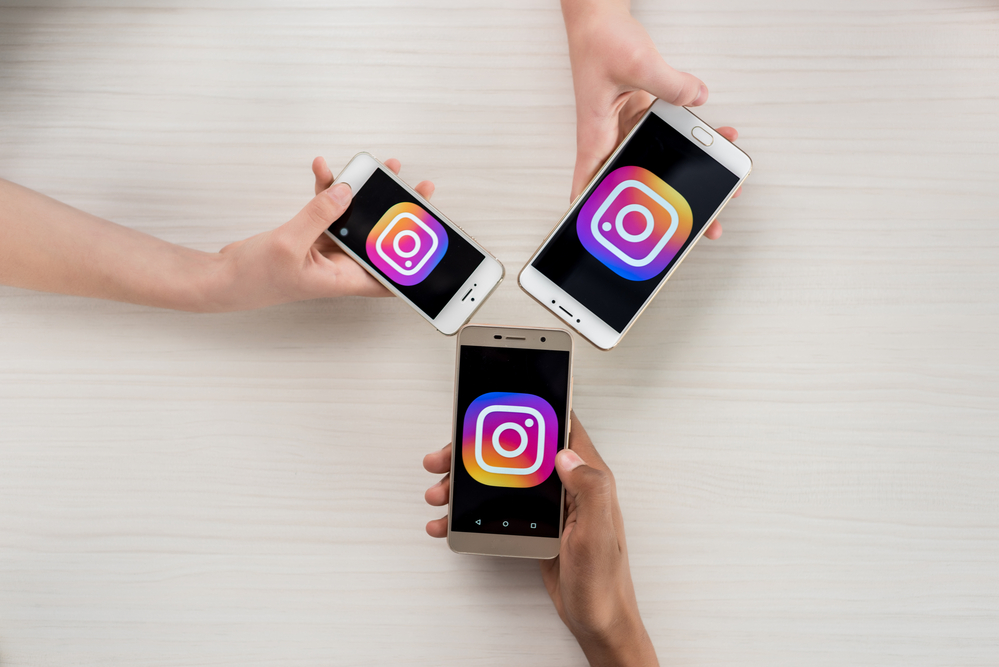 Access Instagram from your cell phone
